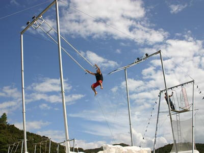 trapeze400-1